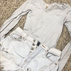 Free People Tops - white long sleeved stretchy tee